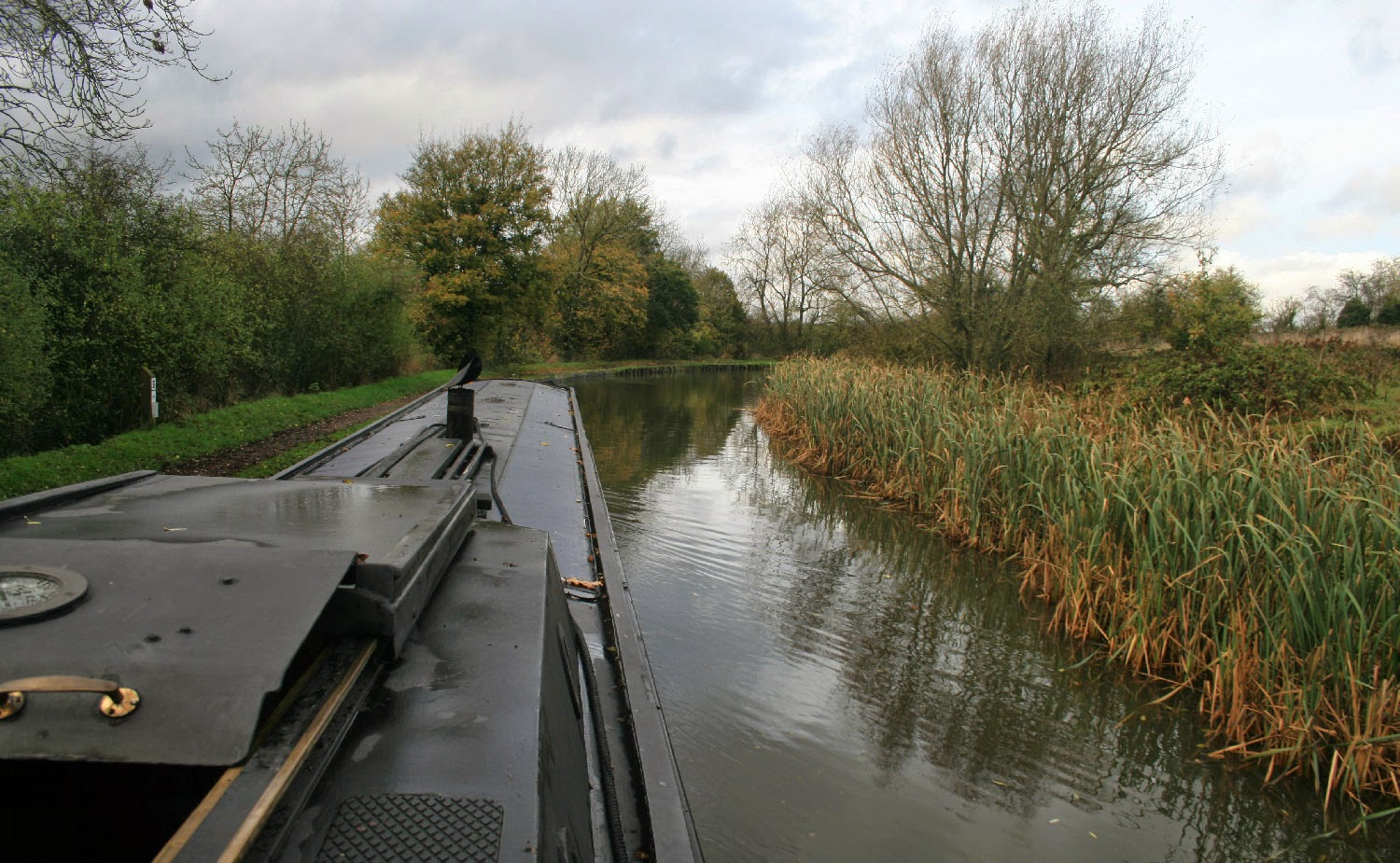 Serenely progressing along the gorgeous canal