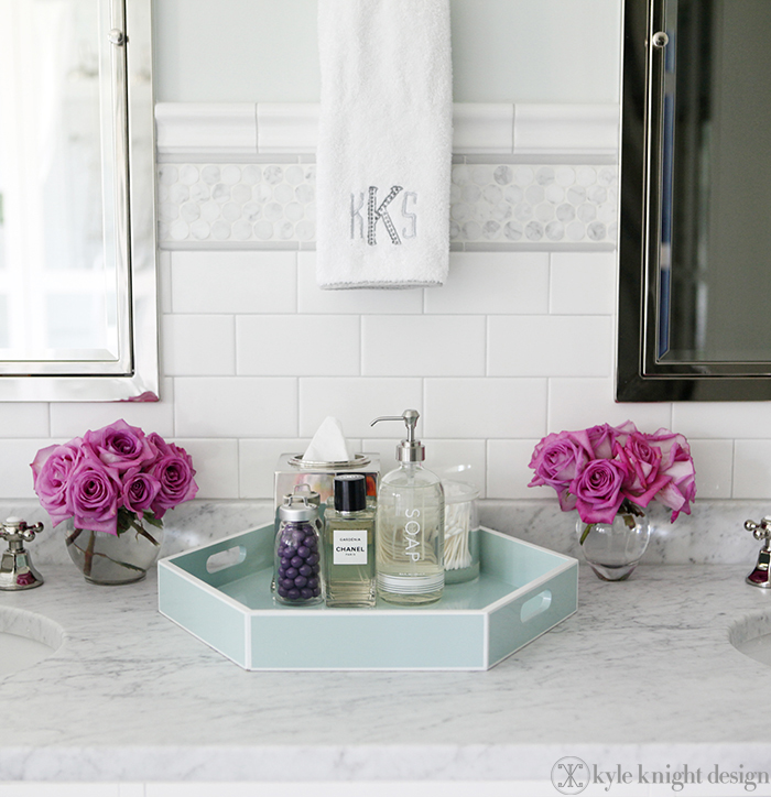Knight moves lacquer tray source for Bathroom accessories with tray