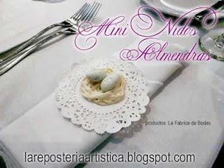 recuerdos decoracion mesa nido con almendras tipo huevito