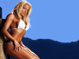 Diva Trish HD Wallpaper