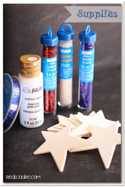 4th of July crafts ~ Simple to make patriotic glitter stars. So cute and so easy! #4thofJuly #Crafts #RealCoake