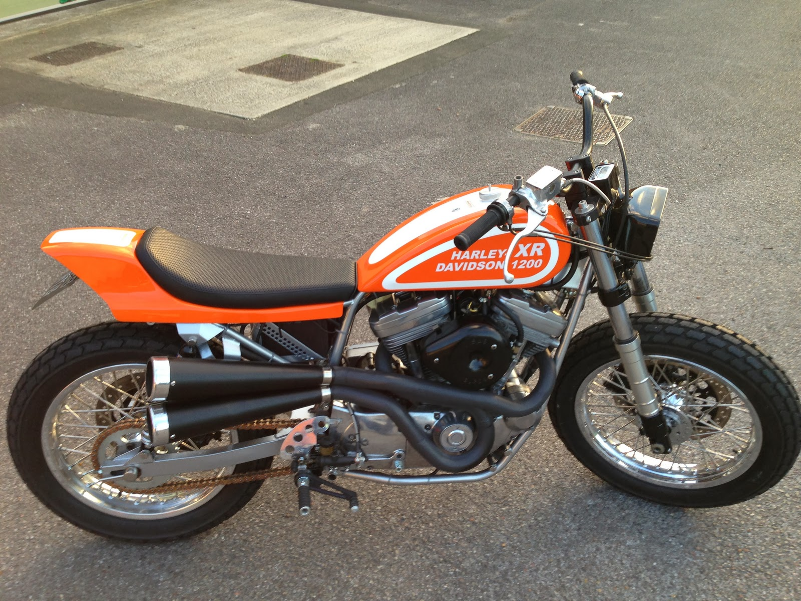 racing caf harley xr 1200 tracker by red max speed shop. Black Bedroom Furniture Sets. Home Design Ideas