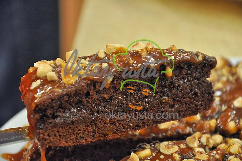 Karamelli Çikolatalı Kek Tarifi