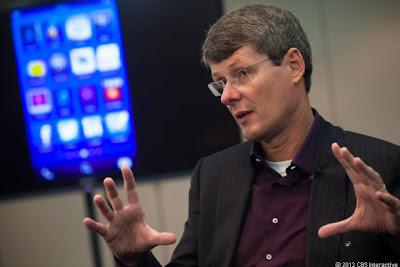 Con el nuevo sistema operativo, BlackBerry 10, la compañía quiere conquistar el mercado de los ordenadores portátiles y otros dispositivos para recuperar la cuota del mercado. En una entrevista con ABC News El CEO de BlackBerry Thorsten Heins, dio una mirada hacia el futuro. Los siguientes BlackBerrys tendrán como objetivo sustituir a sus teléfonos inteligentes a laptops y tablets en el futuro en la medida de lo posible. Los usuarios del futuro sólo necesitarán un único dispositivo móvil que cumpla con todas las funciones necesarias, y con la ayuda de todos las funciones que ofrece un ordenador. Esta idea ha