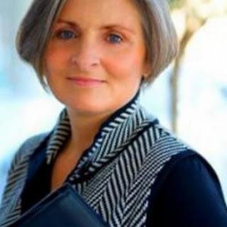 Meilleure coiffure tendance coiffure pour femme de 50 ans - Carre court femme 50 ans ...