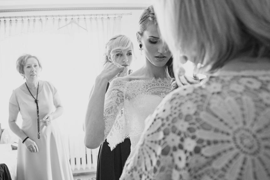 Delikatna biżuteria ślubna