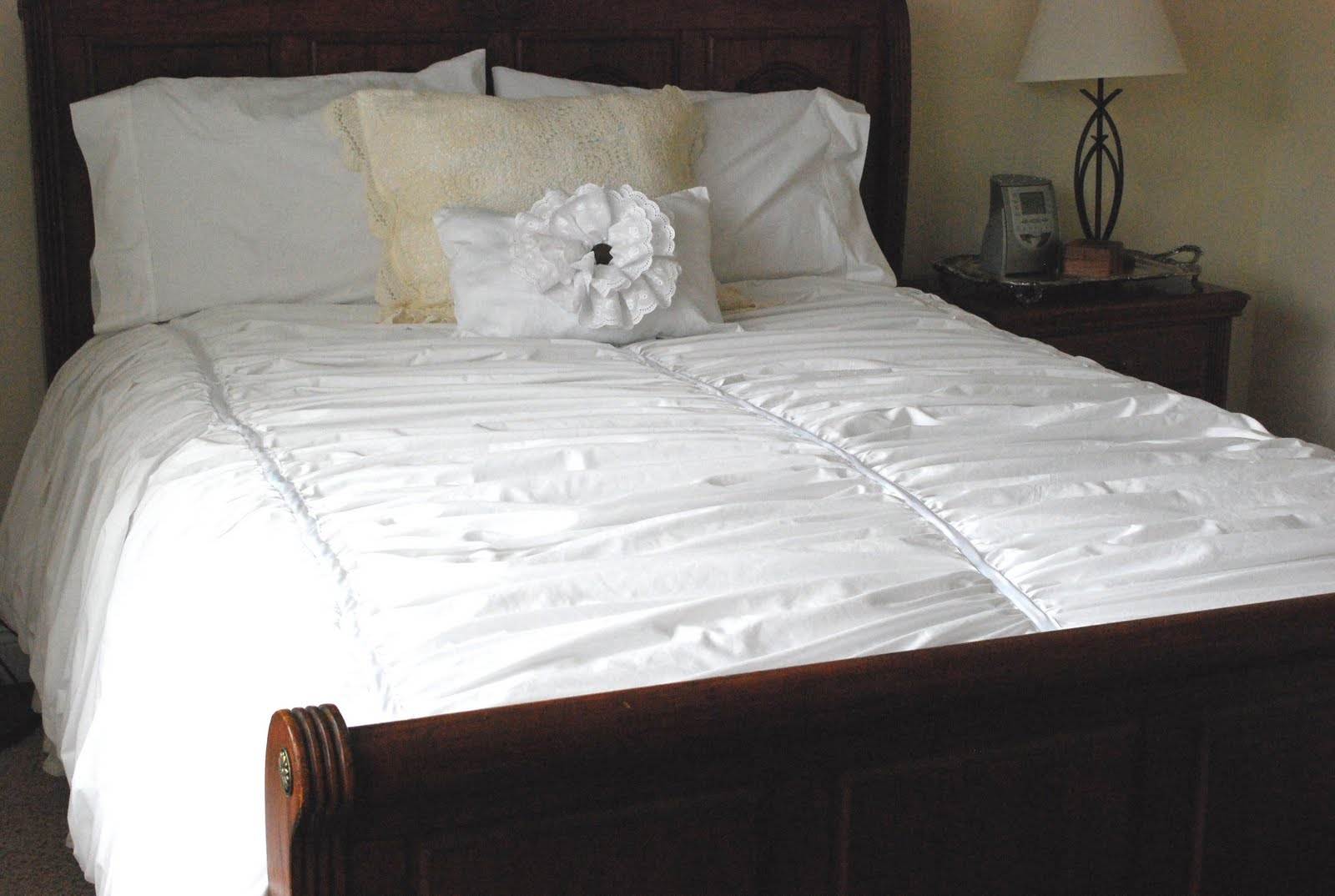 white duvet set floral bestduvetcovers scarlett pillow elegant of piece and best ruffle fancy club sham king cover queen