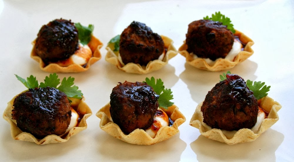 Sweet savoury canapes spice4life for Canape fillings