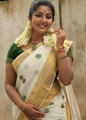 Malayalam hot actress Navya Nair Sexy photos