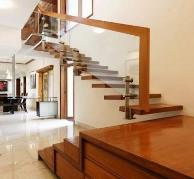 Model tangga kayu rumah minimalis