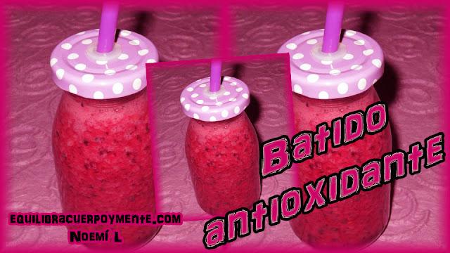 Batido antioxidante de frutos rojos y zumo de granada