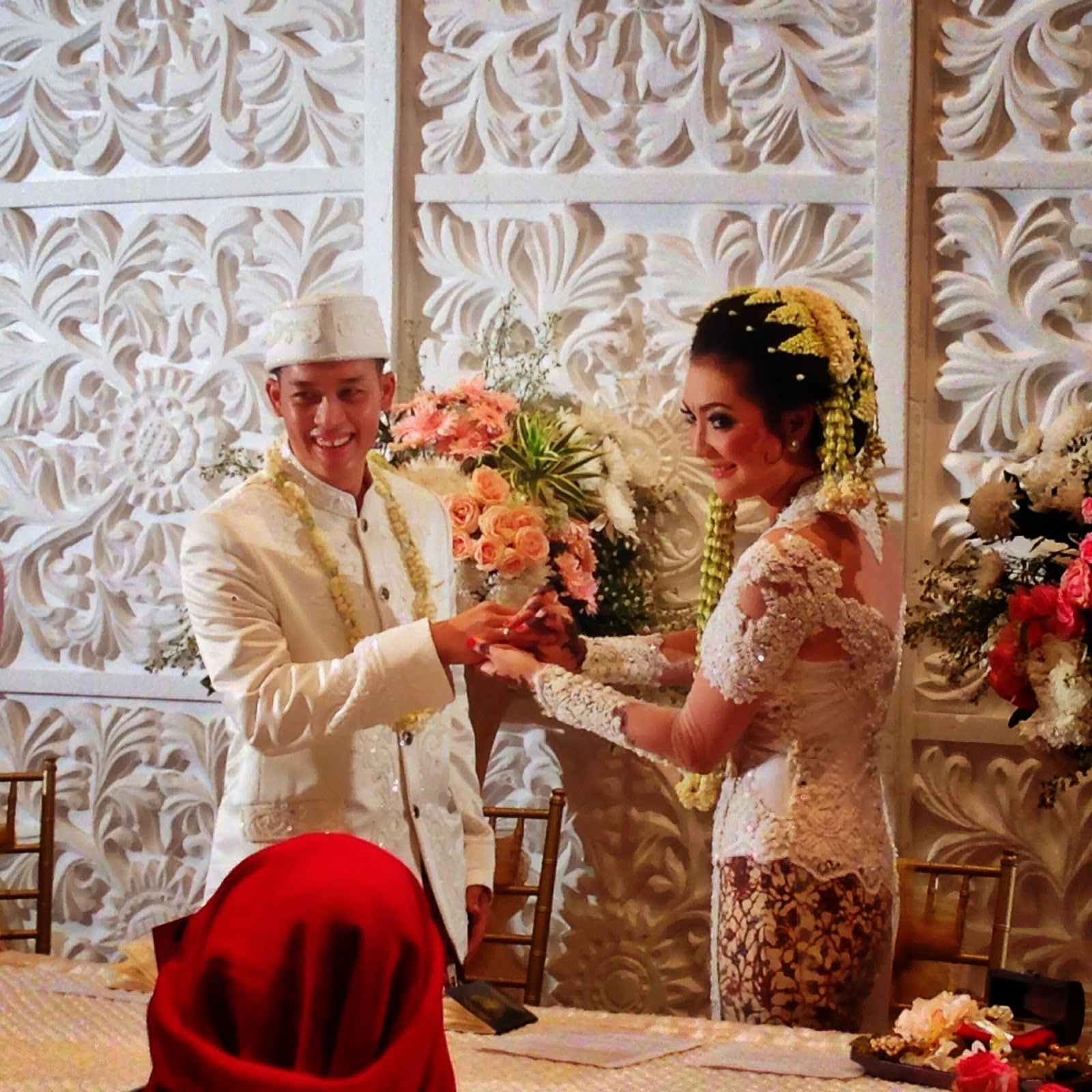 Mr & Mrs Pradipta