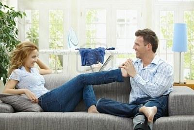 My life as valentina maggio 2012 - Coppia di amatori che scopano sul divano ...