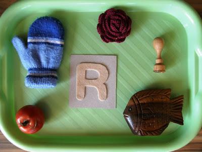 alphabet R montessori