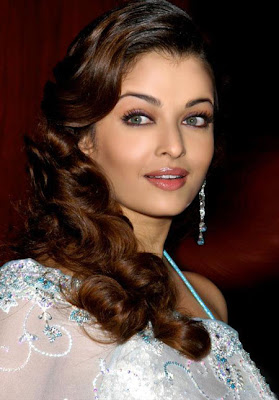 Aishwarya Rai Hot Photos