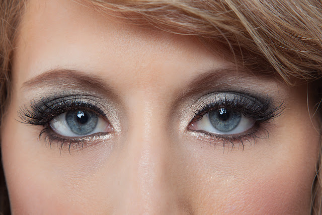 Jody+Steliga+smoky+eye+open+ Savvy+Spice+makeup+tutorial+blog+by+Dale+Steliga