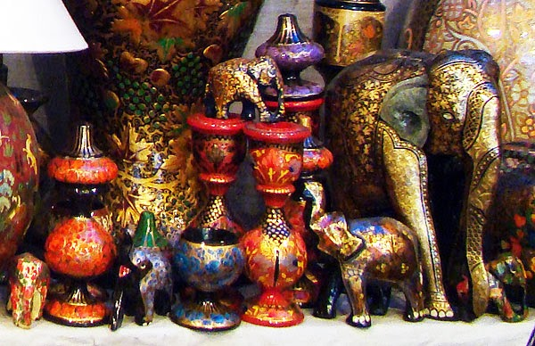 Gorsi old culthure in pakistan for Paper mache handicraft