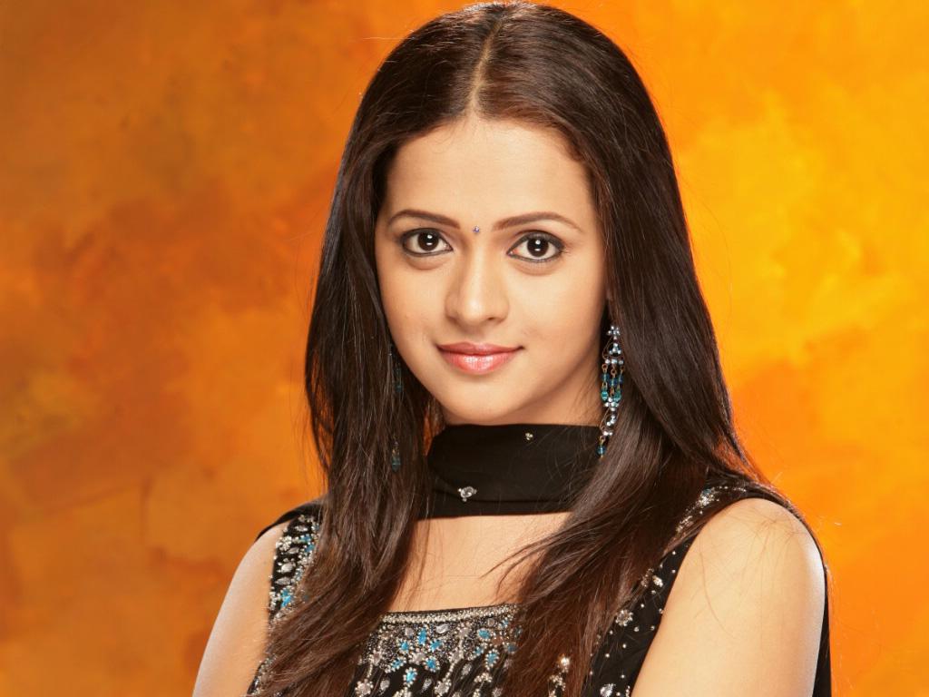 http://2.bp.blogspot.com/-YzCvkLJaTD8/TpZ3CvZYMRI/AAAAAAAAFl0/kazf1MJJTw8/s1600/bhavana_telugu_actress-normal_00.jpg