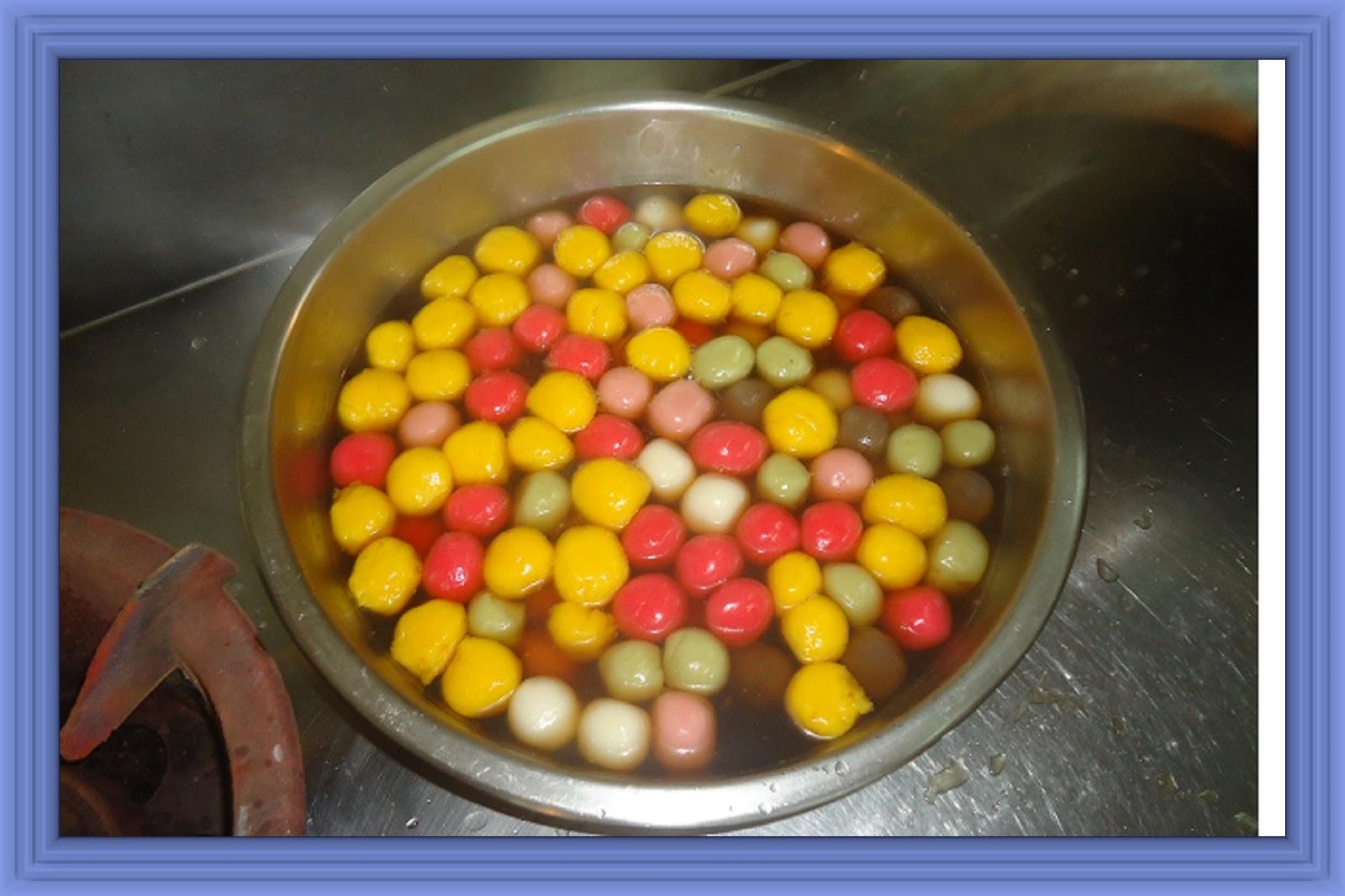 Five Colors Flavors Sweet Rice Balls Soup