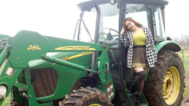 seksi-foto-s-traktorami