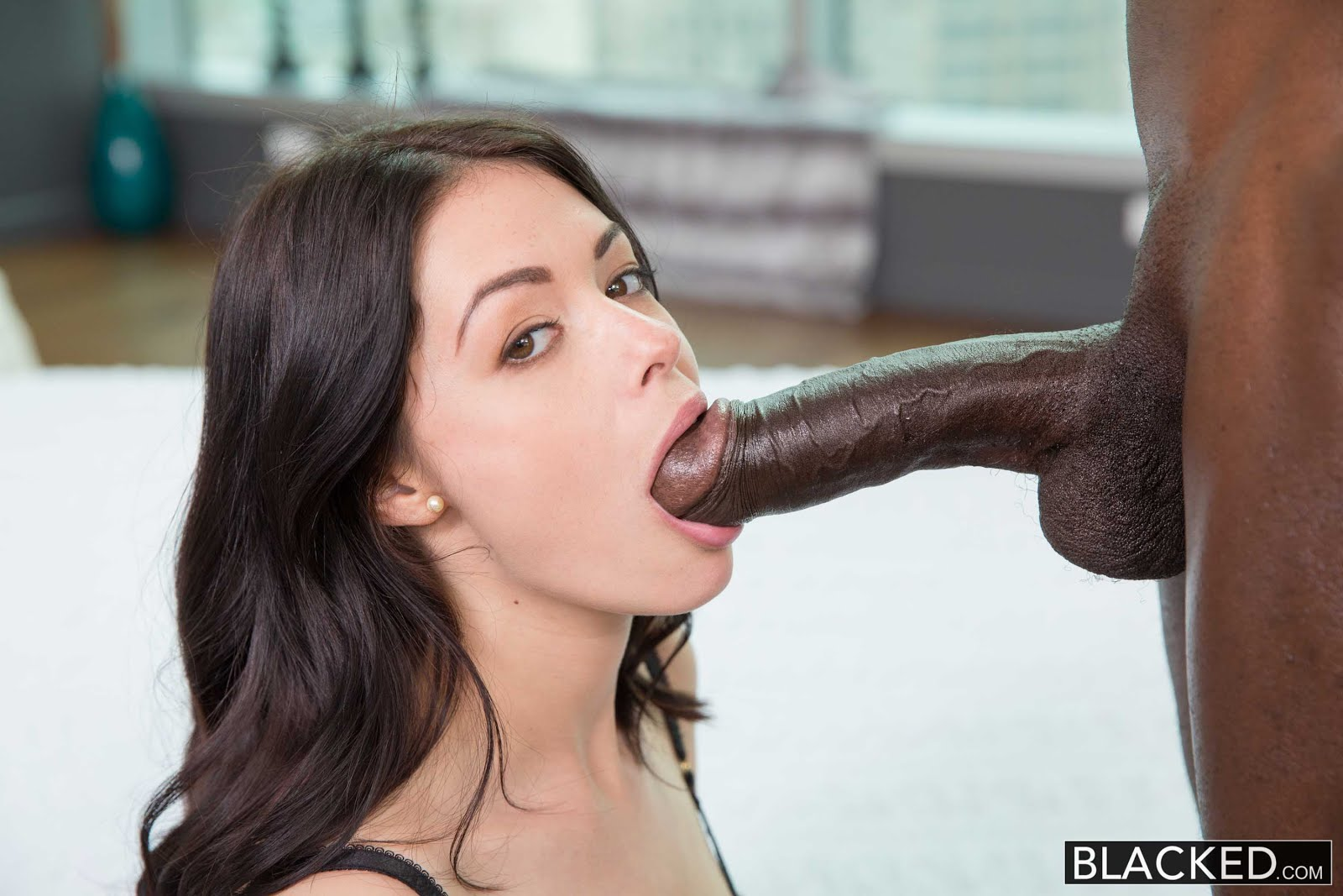 Like that huge black cock pictures New favorite! She