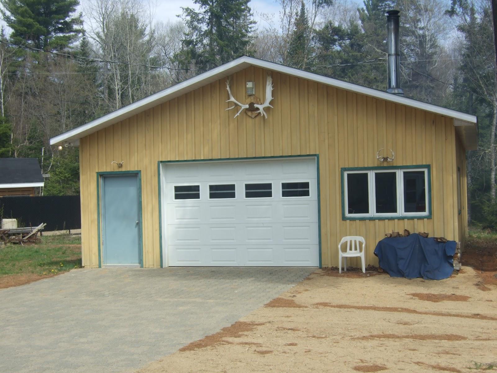 Chez brijit et lany garage cabanon et remise bois for Cabanon bois