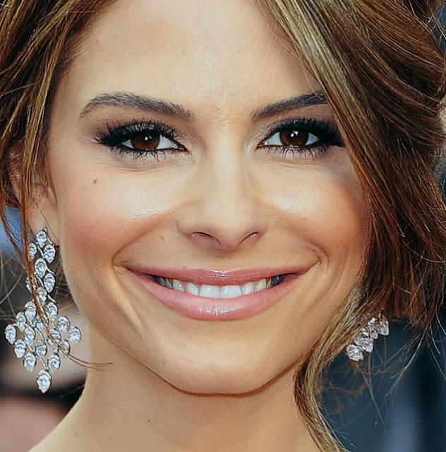 Make Maria Menounos Oscar 2012