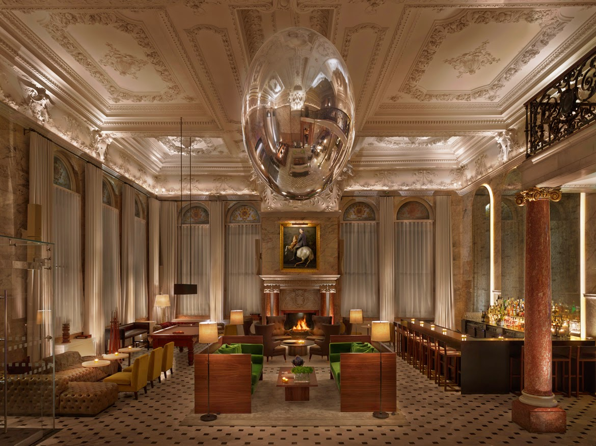 Traditional London Hotel