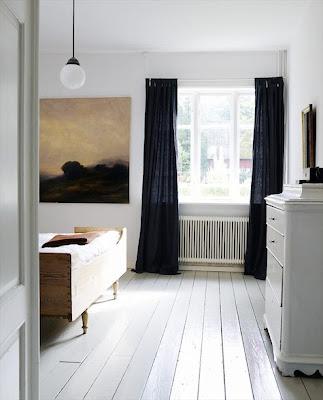 Confección cortinas negras para habitaciones blancas ...