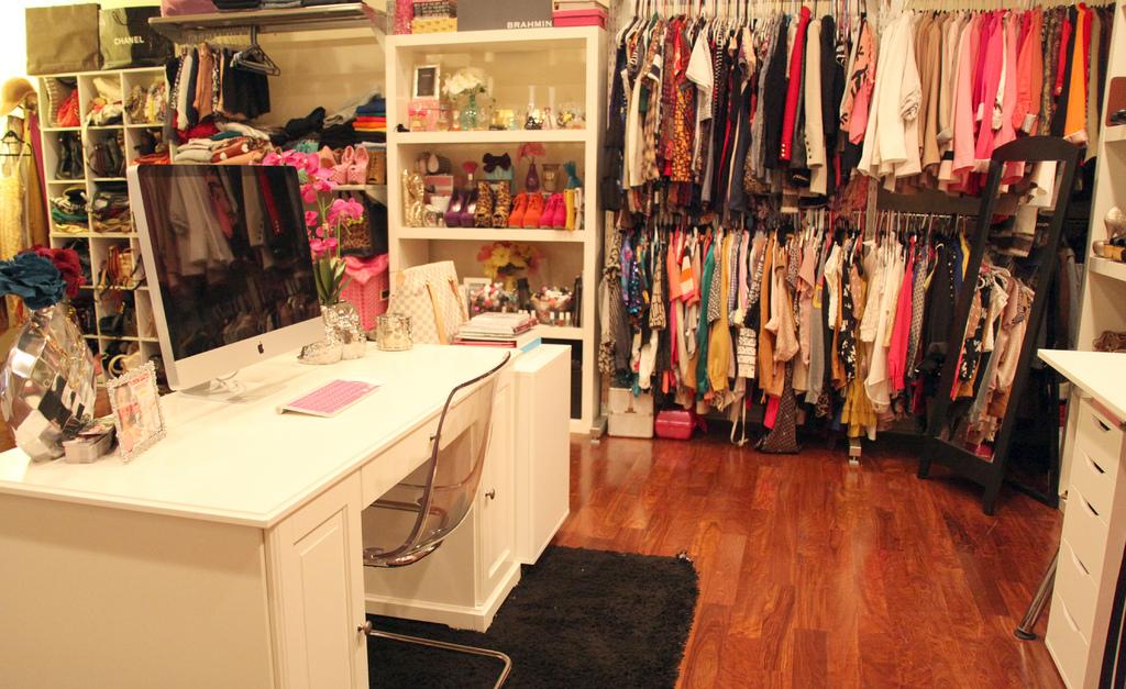 Fashion Beauty Glamour Every girls dream room