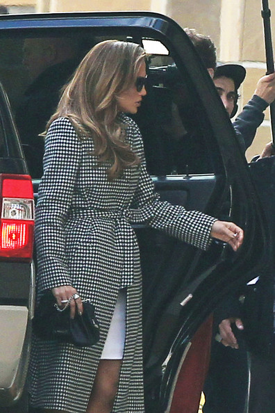 Boutique mix fashion celebrity style love jennifer lopez 39 s american idol winter coat style Celebrity style fashion boutique