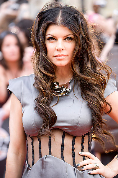 Fergie's sexy look and awesome hairstyles Fergie