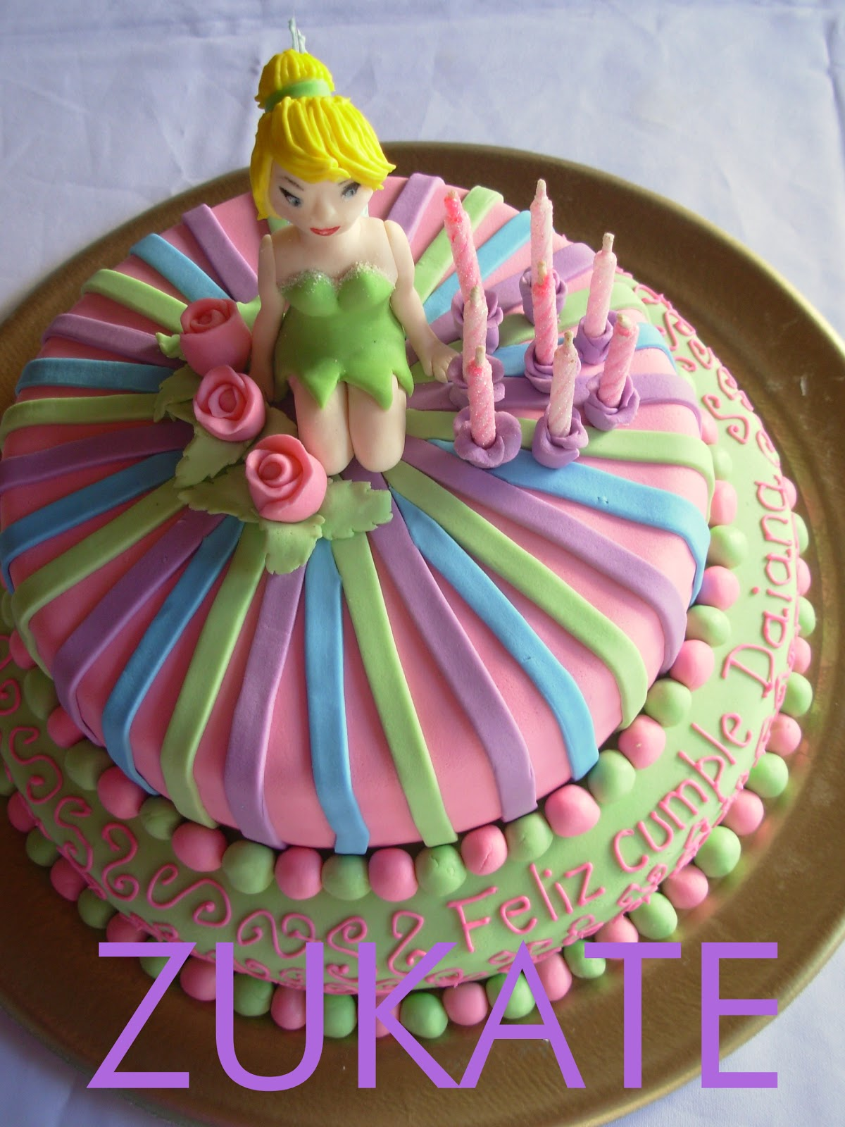 Torta flores con tinkerbell - Imagui
