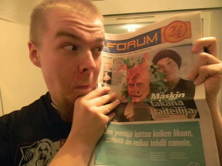 Ari Savonen efekti- ja tehostemaskeeraus juttu/haastattelu. Forum24 lehti 29.10.2013.