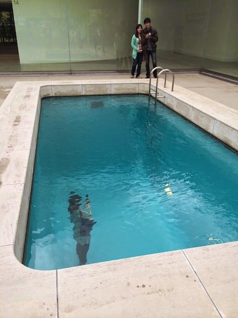 金沢21世紀美術館 レンアドロ エルリッヒ プール