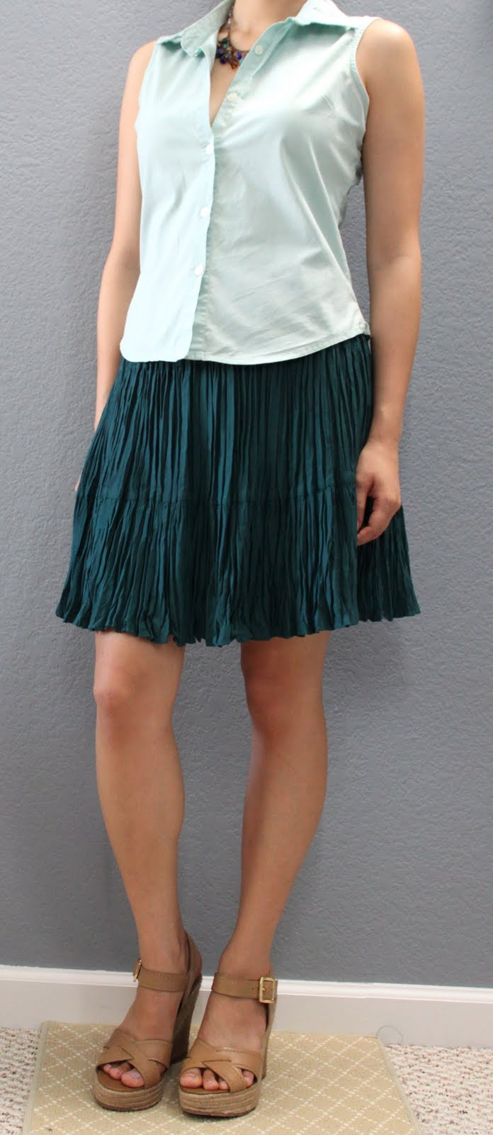 the peasant skirt i featured a week ago i even bought them on the same thrifting trip u003eu003c the shades of green are slightly different