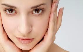 Cara menghilangkan minyak pada muka dengan menggunakan Daun Seledri