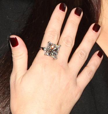 Vahoha Kim Kardashian Engagement Ring 2011