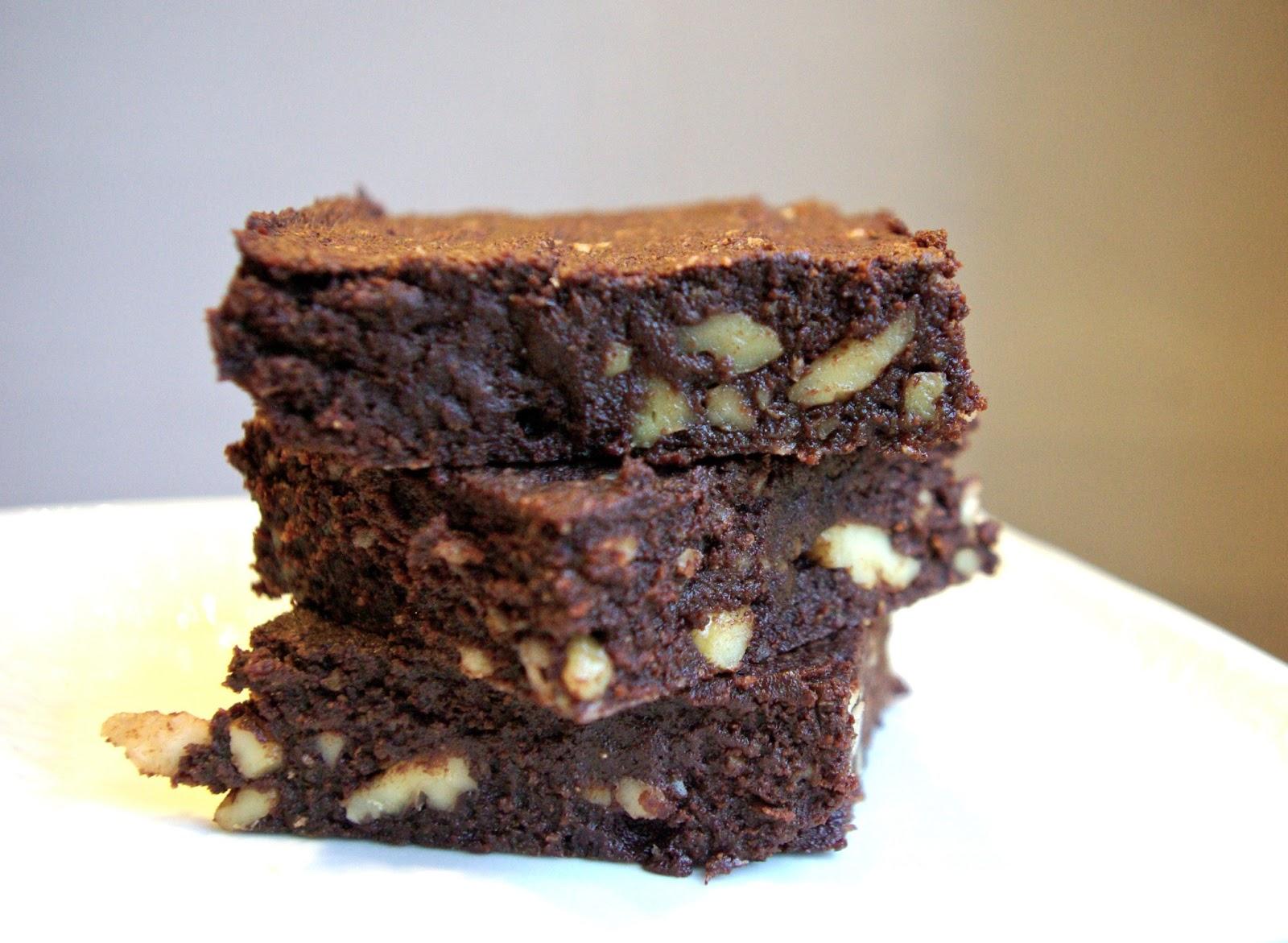 Paleo Dark Chocolate Lava Cake