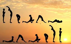Saudação ao Sol (posição da Yoga)