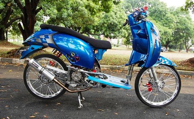 Modifikasi Honda Scoopy 2012, Si Biru Yang Sering Juara Kontes