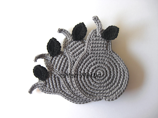 Crochet Coasters Grey Pears