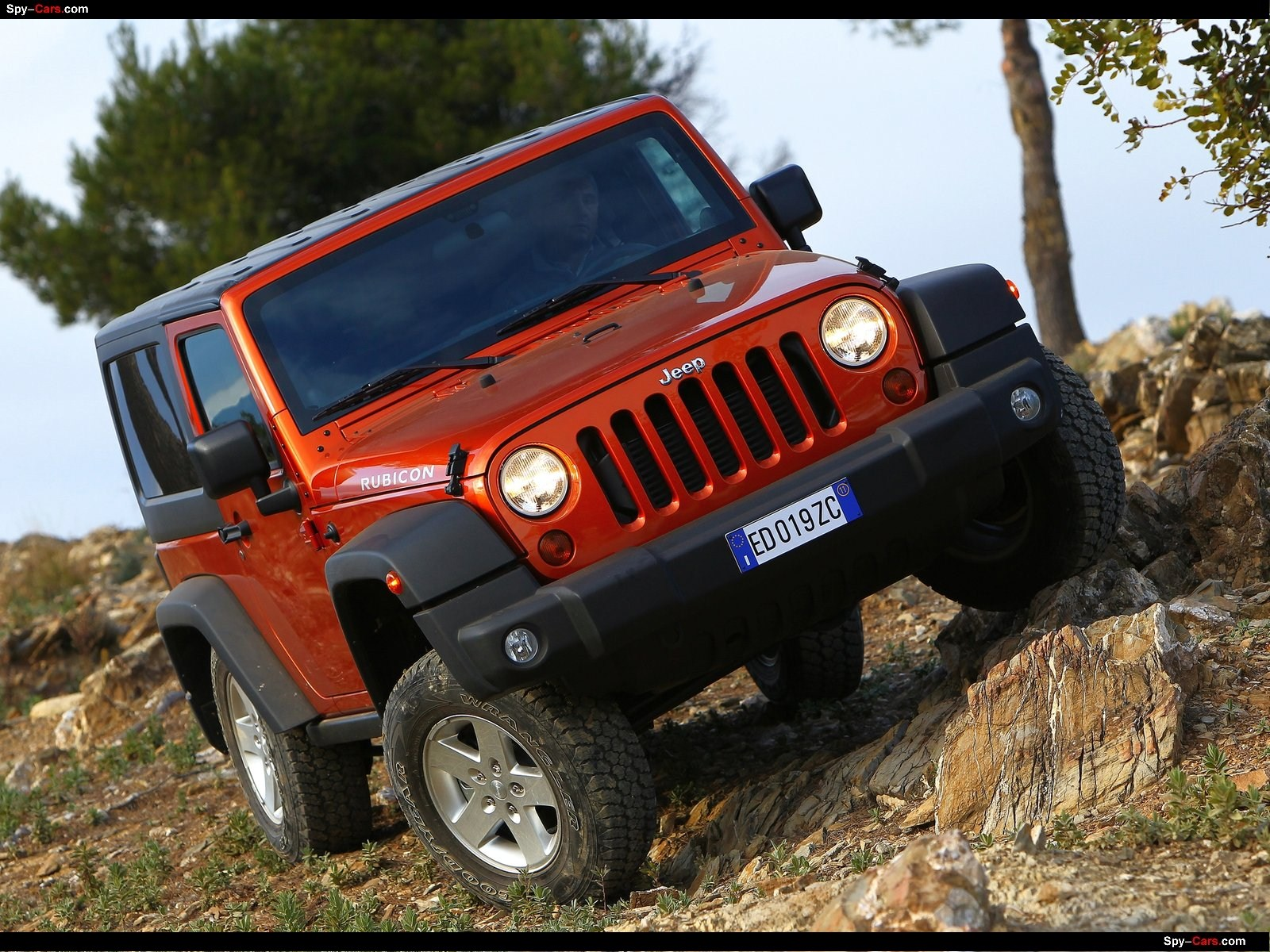 Jeep Auto Twenty First Century Wrangler Powertrain Introduces The All New 36 Liter Pentastar V 6 Petrol Engine That Will Be Equipped On 2012 And Unlimited