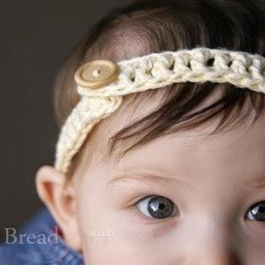 http://www.breadandwithit.com/crochet-headband/