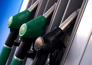 Besparen op je brandstofverbruik tijdens een autoreis is makkelijk