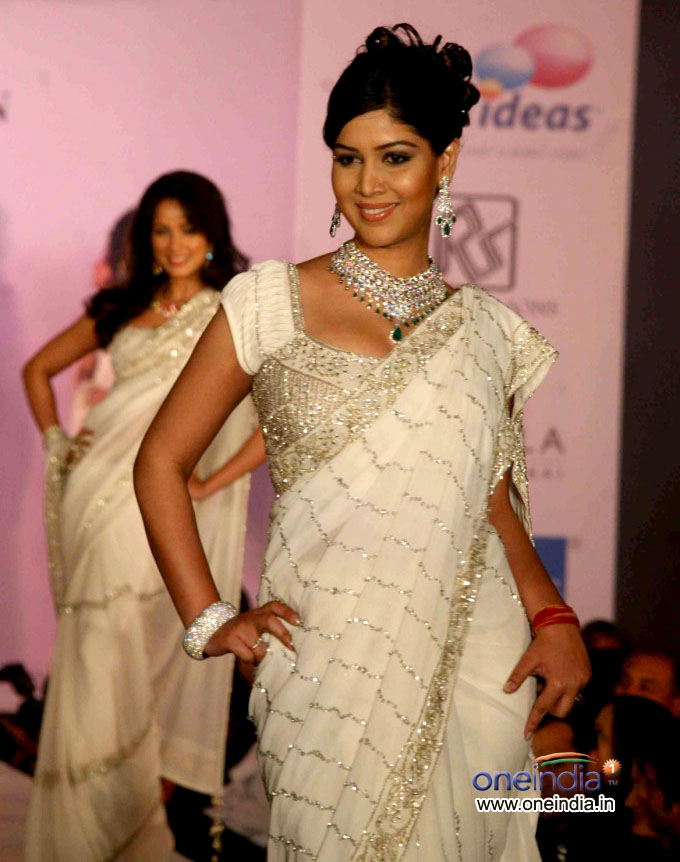 saree fashion show