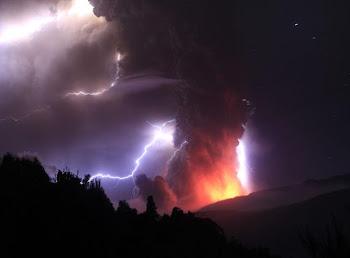Las espectaculares imágenes del volcán Puyehue - Cordón Caulle, en Chile