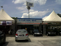 IMPORTED CAR SHOWROOM