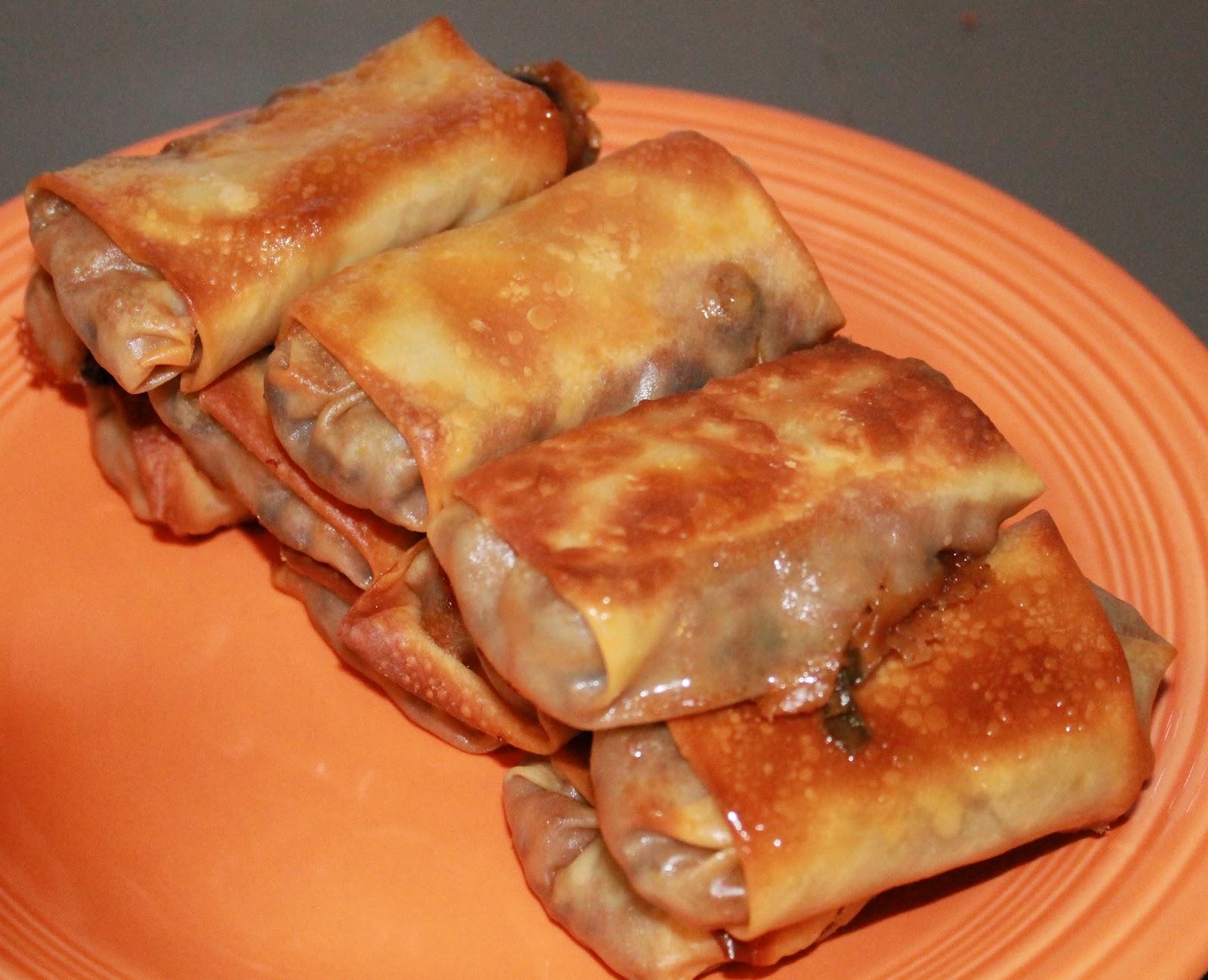 Awkward Kitchenette: Vegetarian Southwestern Egg Rolls & Dip