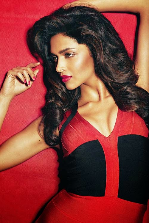 Deepika-Padukone-Hot-stills-at-Peppery-Curves-magazine-Photo-shoot